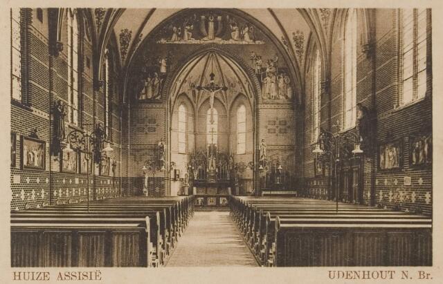 """078315 - Udenhout 1929: """"Huize Assisië"""". Gesticht voor mannelijke zwakzinnigen van den R.K. godsdienst. Interieur kapel."""