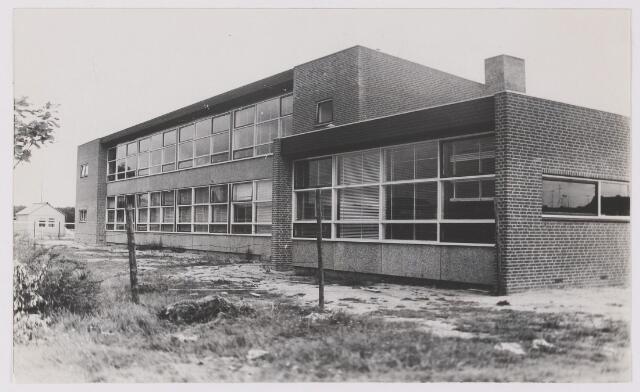 082462 - Rijen, Mgr Nolensstraat 4 de M.A.V.O. School