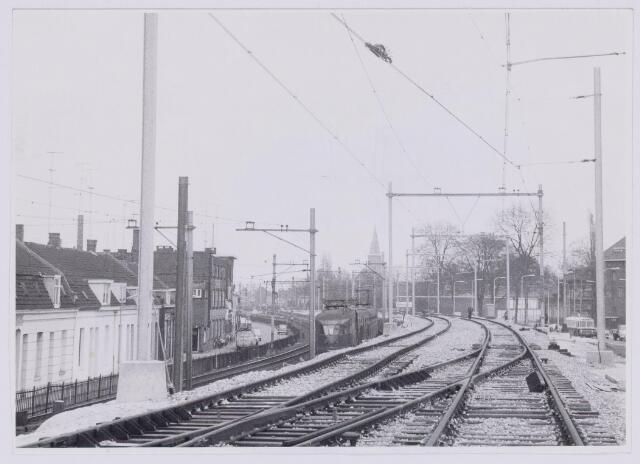 037261 - Spoorwegen: Hoogspoor