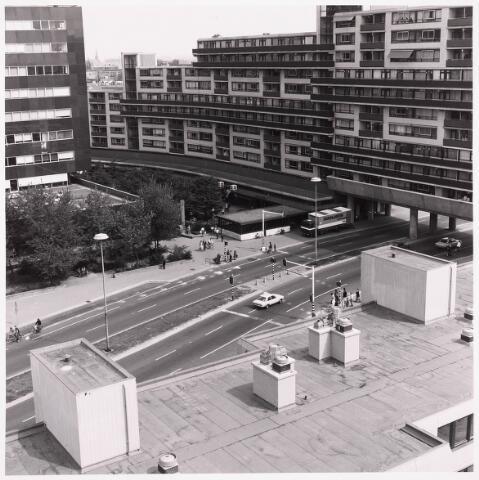 036462 - Panorama van Tilburg vanaf de flat aan het Koningsplein.