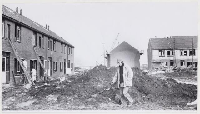 104292 - Woningbouw. Woningen in aanbouw in de Dommelen
