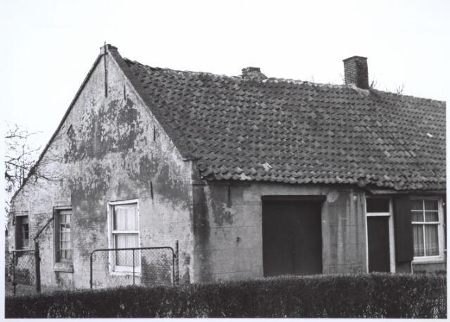 026674 - Lijnsestraat 5. Woning bestemd voor afbraak in verband met uitbreidingsplan Tilburg-Noord