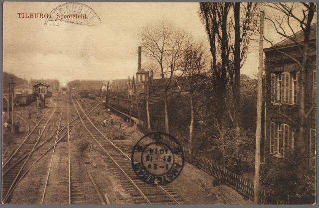 010249 - Spoorlijn Tilburg-Breda nabij het station aan de Spoorlaan.