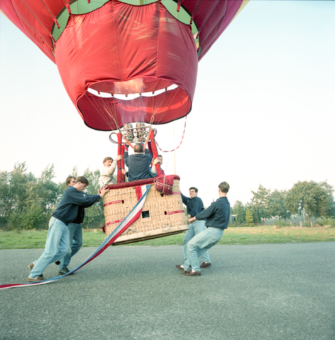 D-000095-1 - Ballonvaart Maitre Paul