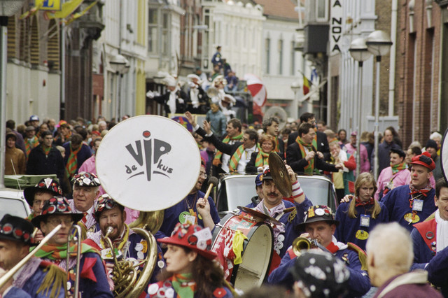TLB023001009_002 - Carnaval