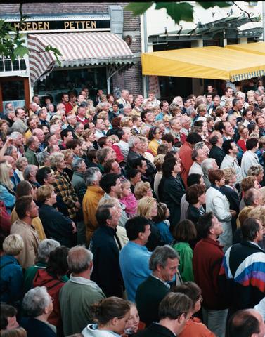 1237_010_768_012 - Festival levenslied 1998.Publiek.