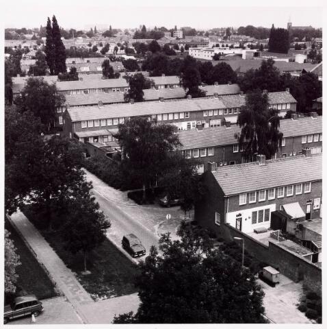 036740 - Panorama van Tilburg vanaf het verpleegtehuis St. Jozefzorg aan de Wethouderslaan