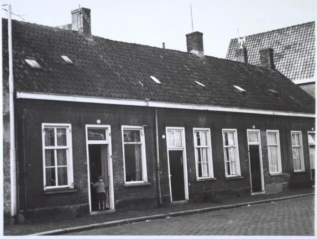 024438 - Panden Korte Schijfstraat 22, 24 en 26 (van links naar rechts)
