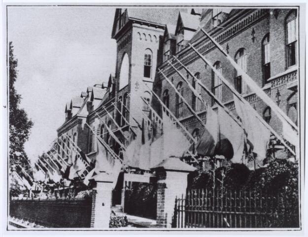 016324 - Kloosters. Jubilea. Gouden jubileum van het missiehuis van de missionarissen van het H. Hart (Rooi Harten).