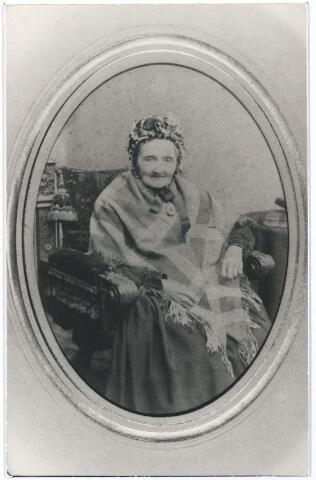 005488 - Anna Margaritha Sihler geboren te Zierikzee 15 april 1805, overleden te Antwerpenzij trouwde te Tilburg 7 januari 1832 met Franciscus Rijckers, geboren te Gemert 18 augustus 1783, overleden te Tilburg 21 april 1869. schoolmeester op Korvel.