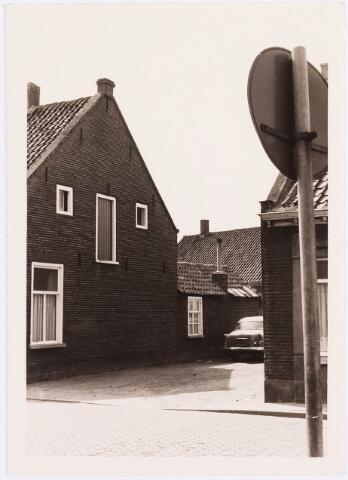 034453 - Lijnsheike 195; thans heet dit deel van de straat Von Weberstraat. De meeste huizen aan het Lijnsheike zijn inmiddels gesloopt.