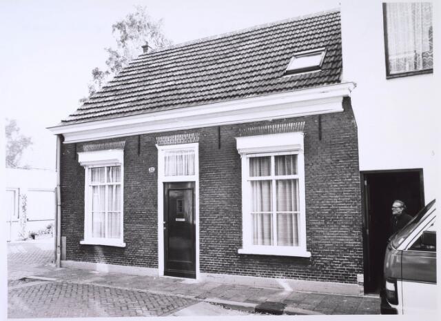 023758 - Pand Kloosterstraat 52 eind oktober 1985