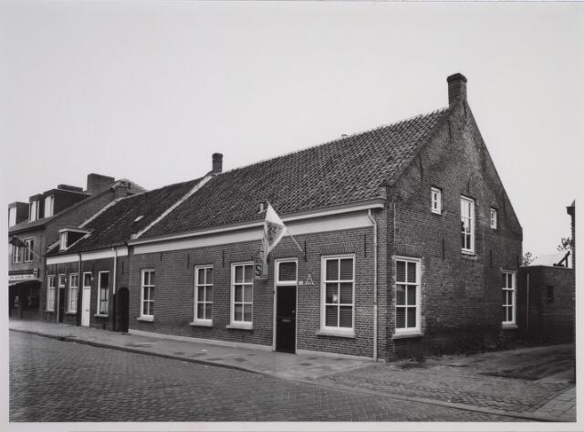 025650 - Pand Lehaarstraat 126 halverwege 1981