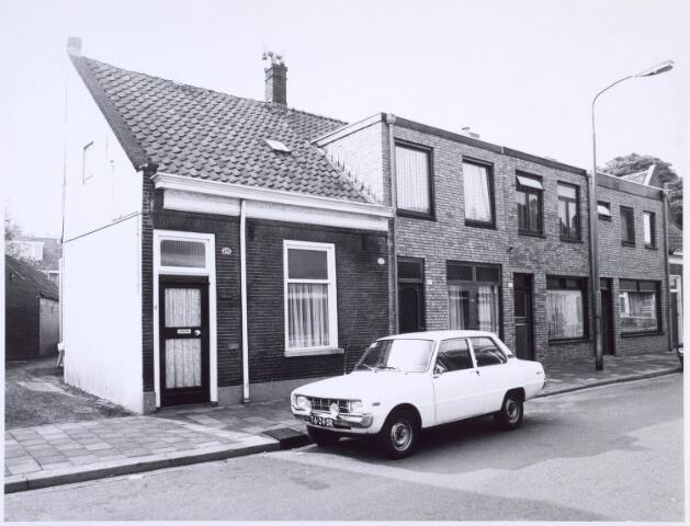 020556 - Panden Hasseltstraat 123, 125, 127 en 129 (van rechts naar links) medio 1976