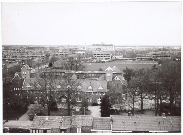 017673 - Complex van de Rooi Pannen aan de Dr. Ahausstraat