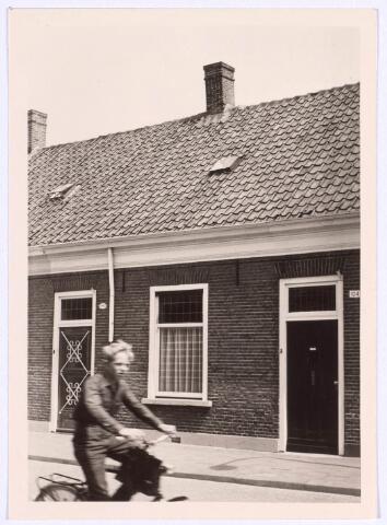 022258 - Panden Hoefstraat 102 (links) en 104 (rechts)