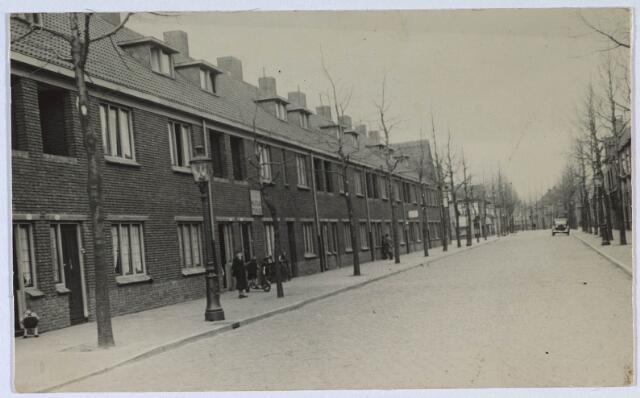 024336 - Korenbloemstraat omstreeks 1930