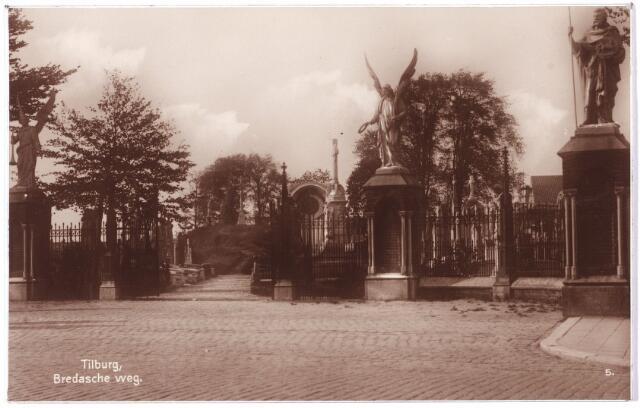 000103 - Ingang kerkhof Bredaseweg.