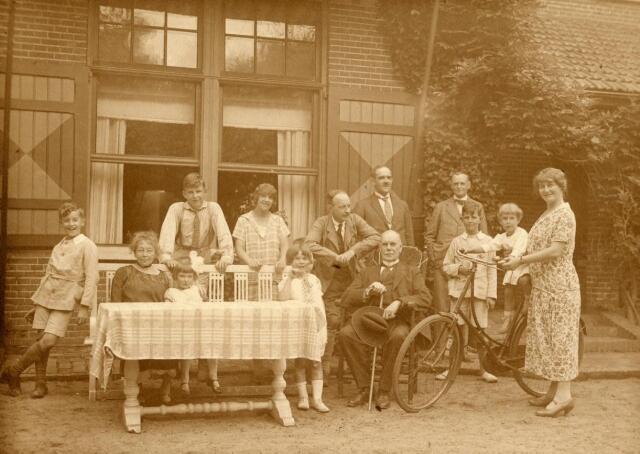 600608 - Kasteel Loon op Zand. Families Verheyen, Kolfschoten en Van Stratum