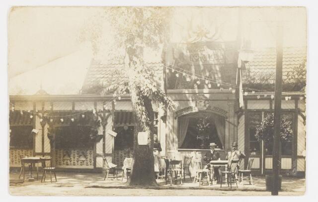068195 - Ansichtkaart met foto van de KERMESSE d'ÉTÉ, of Zomerkermis, bij de Societeit PHILHARMONIE, van 25-29 juni 1904. Zie ook fotonr. 068194