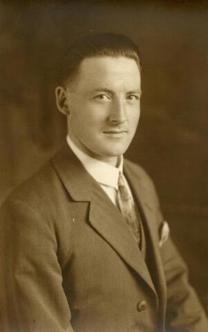 600549 - Francsicus Somers geboren te Tilburg op 4 januari 1899, zoon van Antonie Somers en Johanna Keunings.