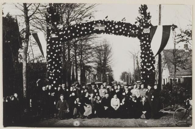 058782 - Op 15 Januari 1935 vierde burgemeester Dingeman Smits zijn 25-jarig jubileum als burgemeester.
