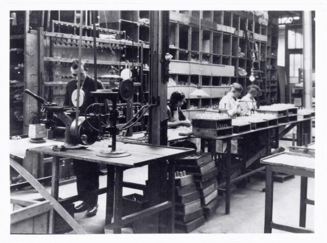 039664 - N.V. Gloeilampenfabriek Watertorenstraat.