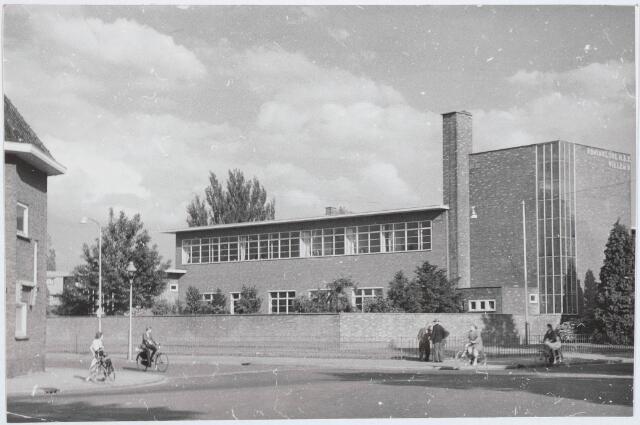 030136 - Voortgezet onderwijs: Rijks H.B.S. Willem II aan de Ringbaan-Oost, gebouwd in 1932