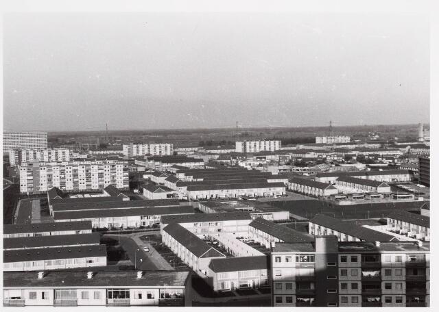 036537 - Panorama van Tilburg vanaf de flat aan de Mozartlaan