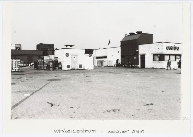 034203 - Het winkelcentum Tilburg Noord aan het Wagnerplein