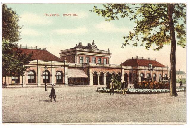 002273 - Station aan de Spoorlaan.