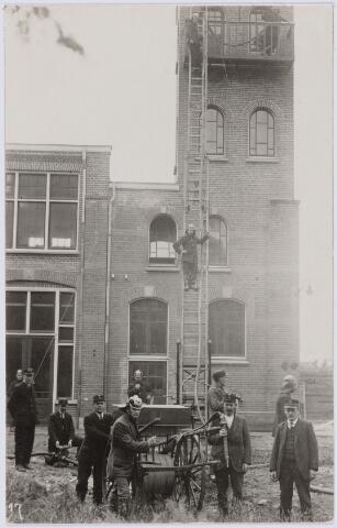 103678 - Brandweer. Kring no. 13 (Goirke) brandmeester P. van Meerendonk.(uiterst rechts).