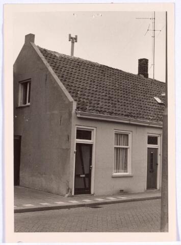022316 - Pand Hoefstraat 142a halverwege 1968