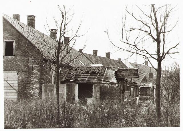 028107 - Woningen aan de Veldstraat 35-37-39-41, thans Pastoor van Beurdenstraat