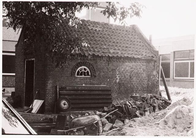 033084 - In verband met nieuwbouw dient het oude te wijken zo ook het schop behorende bij de boerderij Tauernpad 2.