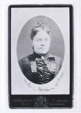 006073 - Clasina Maria Verschuuren-de Bont. (reproductie; origineel niet in collectie aanwezig)