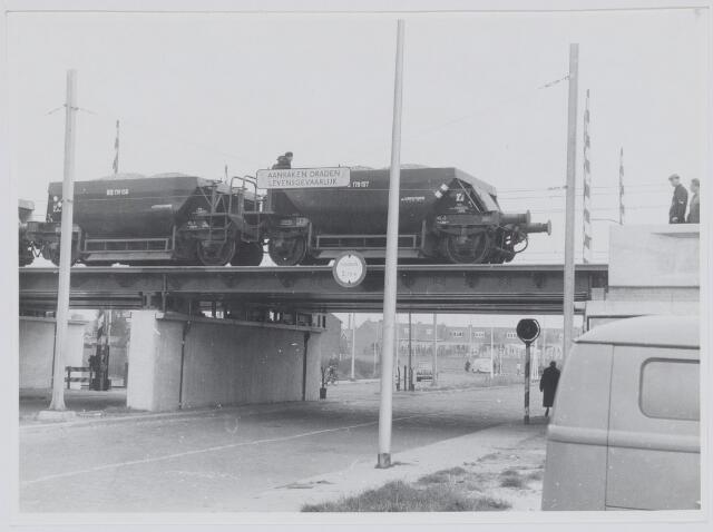 037161 - Spoorwegen: viaduct Ceciliastraat