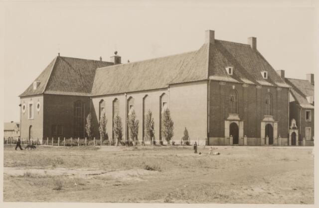 045343 - Kerk van O.L.V. van Fatima, ontworpen door architect Bedaux, gebouwd in 1948, gesloten in 1980 en tien jaar later gesloopt.