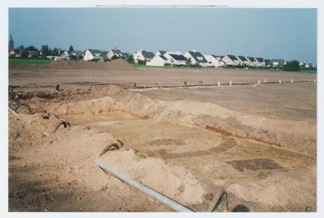 062581 - Kringgreppelgraven in de Egge ontdekt tijdens het bouwrijpmaken van de Berkelse Akkers