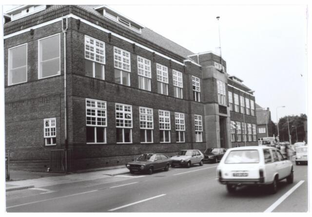 027090 - Textielschool