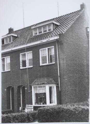 025741 - Pand Moleneind 133 eind mei 1966. Thans is dit de Leharstraat