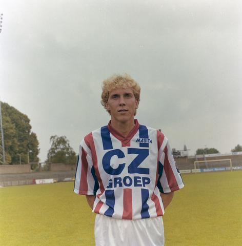 1237_009_664-2_008 - Willem II CZ-spelers, elftal 1992. Sport. Voetbal. Adrie Bogers (Breda, 4 mei 1965) speelde in de seizoenen 1992-1996 bij Willem II.