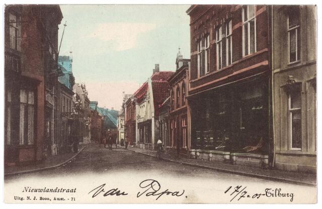 001667 - Nieuwlandstraat richting Stationstraat.