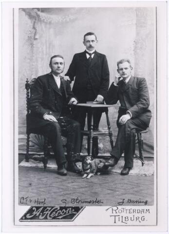 004518 - V.l.n.r. Architect Cornelis Franciscus van HOOF (Tilburg 1861-1952), G. Blommestein en J. Buning.