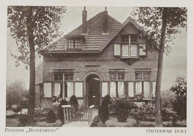 073976 - Pension 'Buitenrust' alsmede een houten recreatiewoning genaamd 'Jachtrust' straatnaam onbekend.