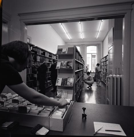 653664 - Interieur bibliotheek Willem II straat