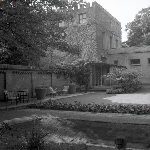 653674 - Tuin van het Natuurhistorisch Museum aan de Paleisstraat (thans Schouwburgring)