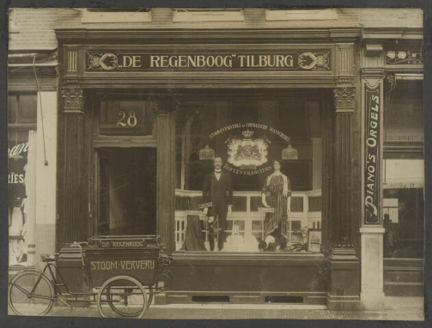 """071896 - Utrecht Oude Kerkhof 28. Filiaal van stomerij en ververij """"de Regenboog"""" uit Tilburg."""