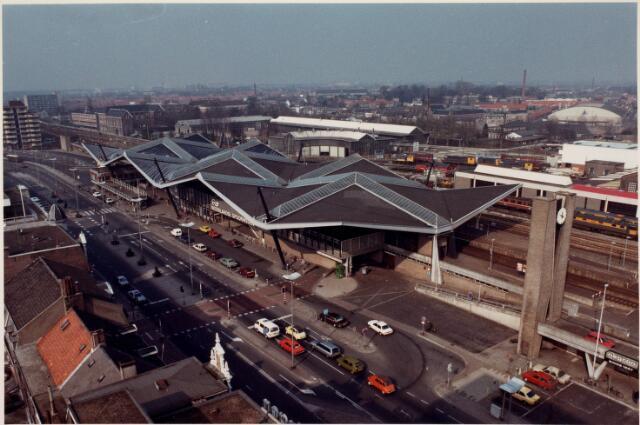036645 - Panorama van Tilburg vanaf de flat aan de Spoorlaan 392