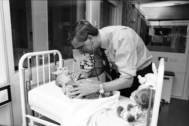 1237_010_762-2_004 - Dr Hol Elisabeth Ziekenhuis, Kinderafdeling